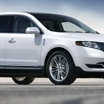 2013 Lincoln MKT luxury full-size suv