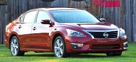 Nissan Altima Mid-Size Sedan