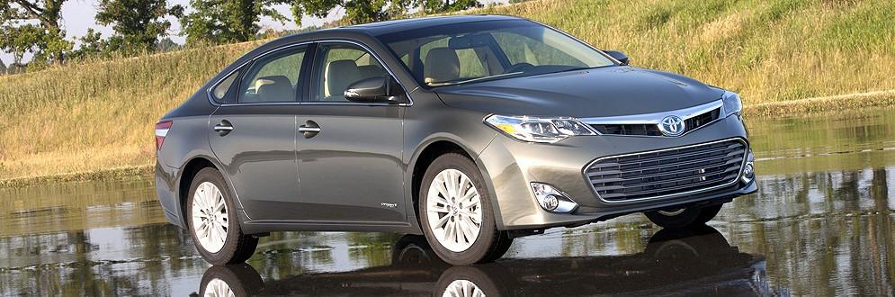 Toyota Avalon Hybrid Full-Size Sedan
